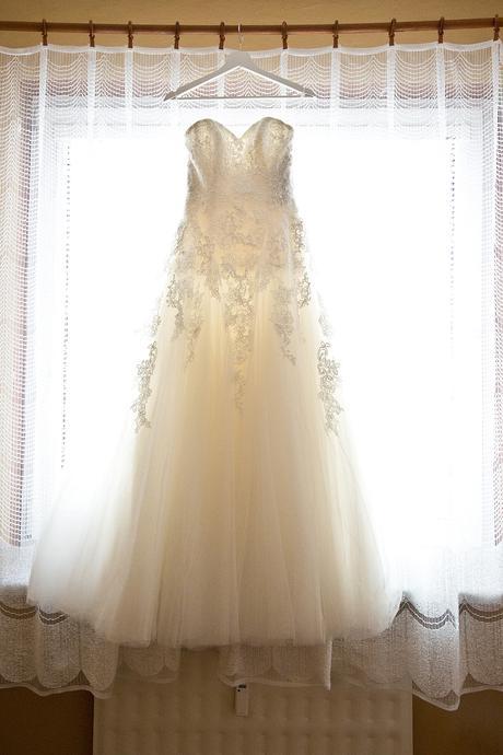 Svadobené šaty , 36