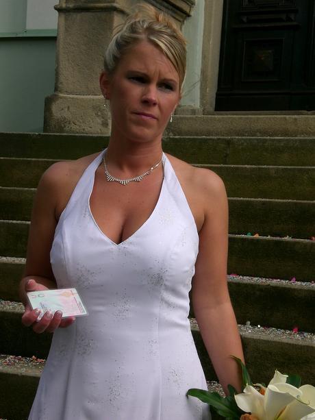 Originální šaty na míru od návrhářky G. Páralové, 38