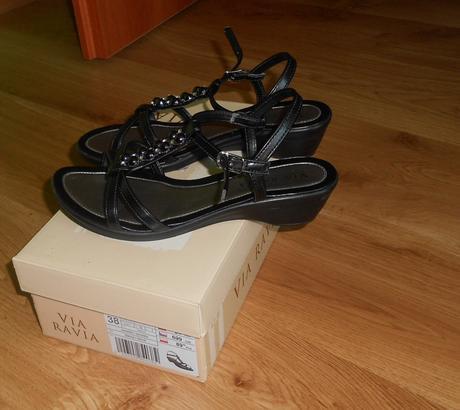 cierne sandalky, 37