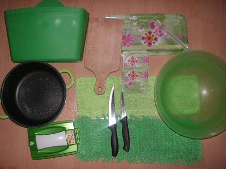 zelená kuchynská sada,