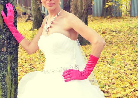 Cyklamenové rukavice,