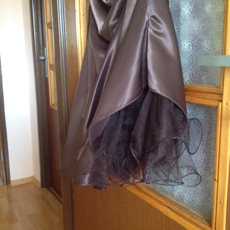 Hnede satenove satky s tylovou spodnickou, 36