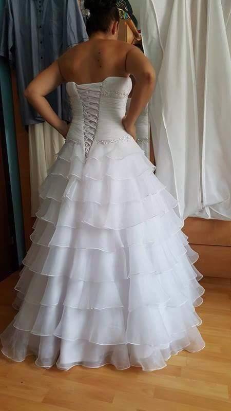 Svadobne šaty, 38