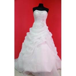 Svatební šaty Kesi, 38