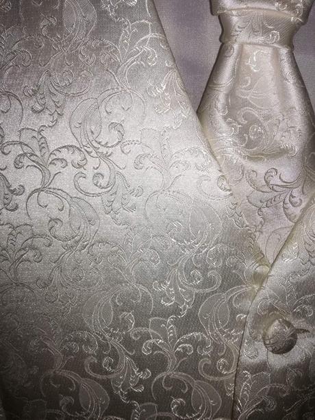 vestička s kravatou, 50