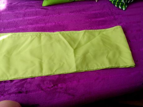 ubrus stredovy pas, běhoun zelený,