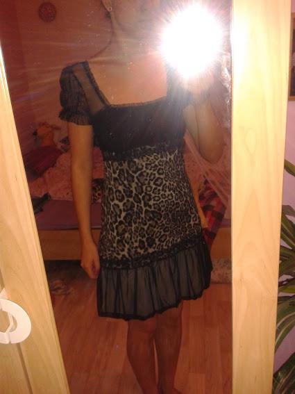 Luxusní tygří šatečky, 36