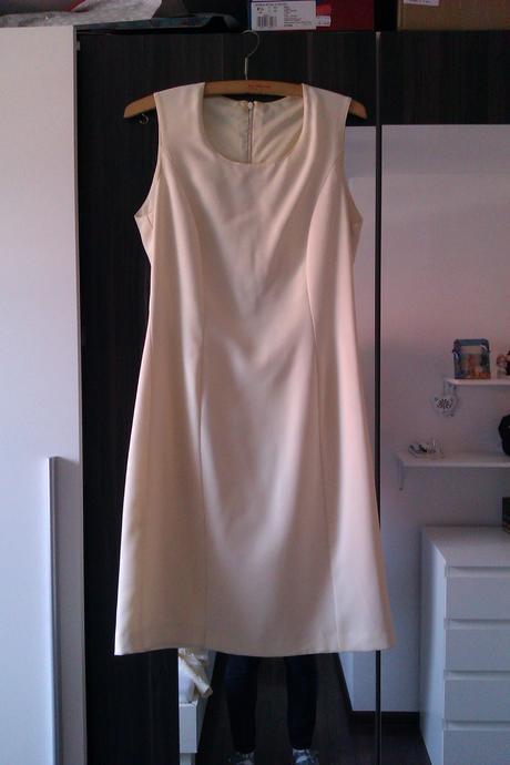 koktejlové šaty, 36