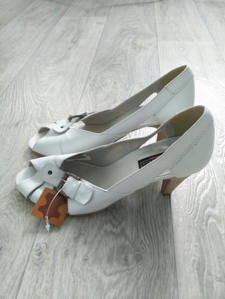 Svatební boty s otevřenou špičkou, 41