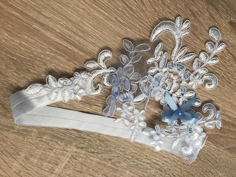 Svatební podvazek vintage krajkový, L