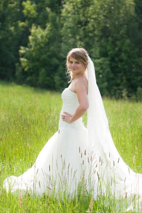 Svatební šaty pro víly, 38