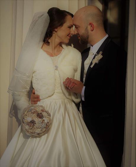 Svadobné šaty s kabátikom, 34