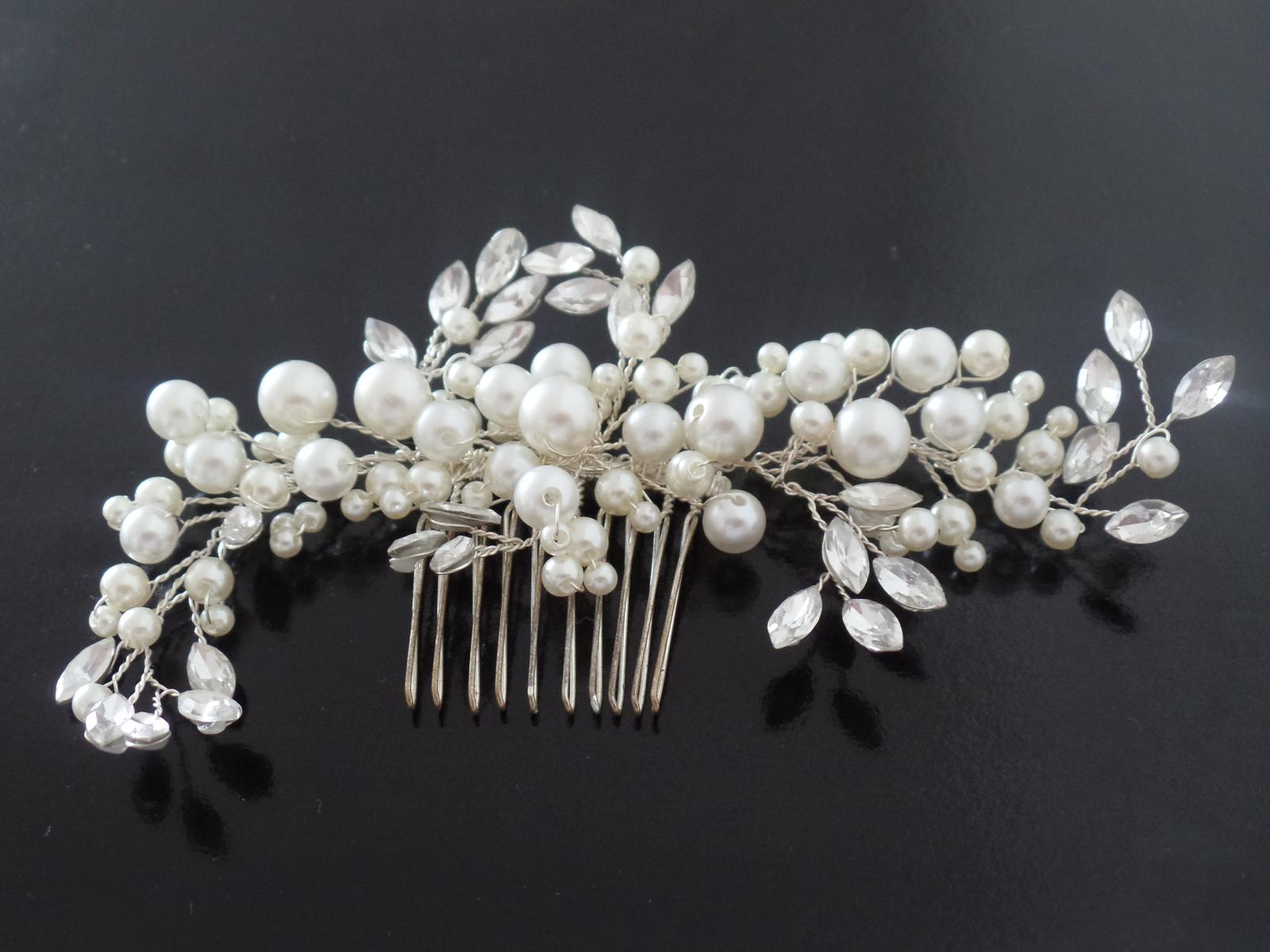 Perlovo - krystalový svatební hřebínek do vlasů 6879bc227d