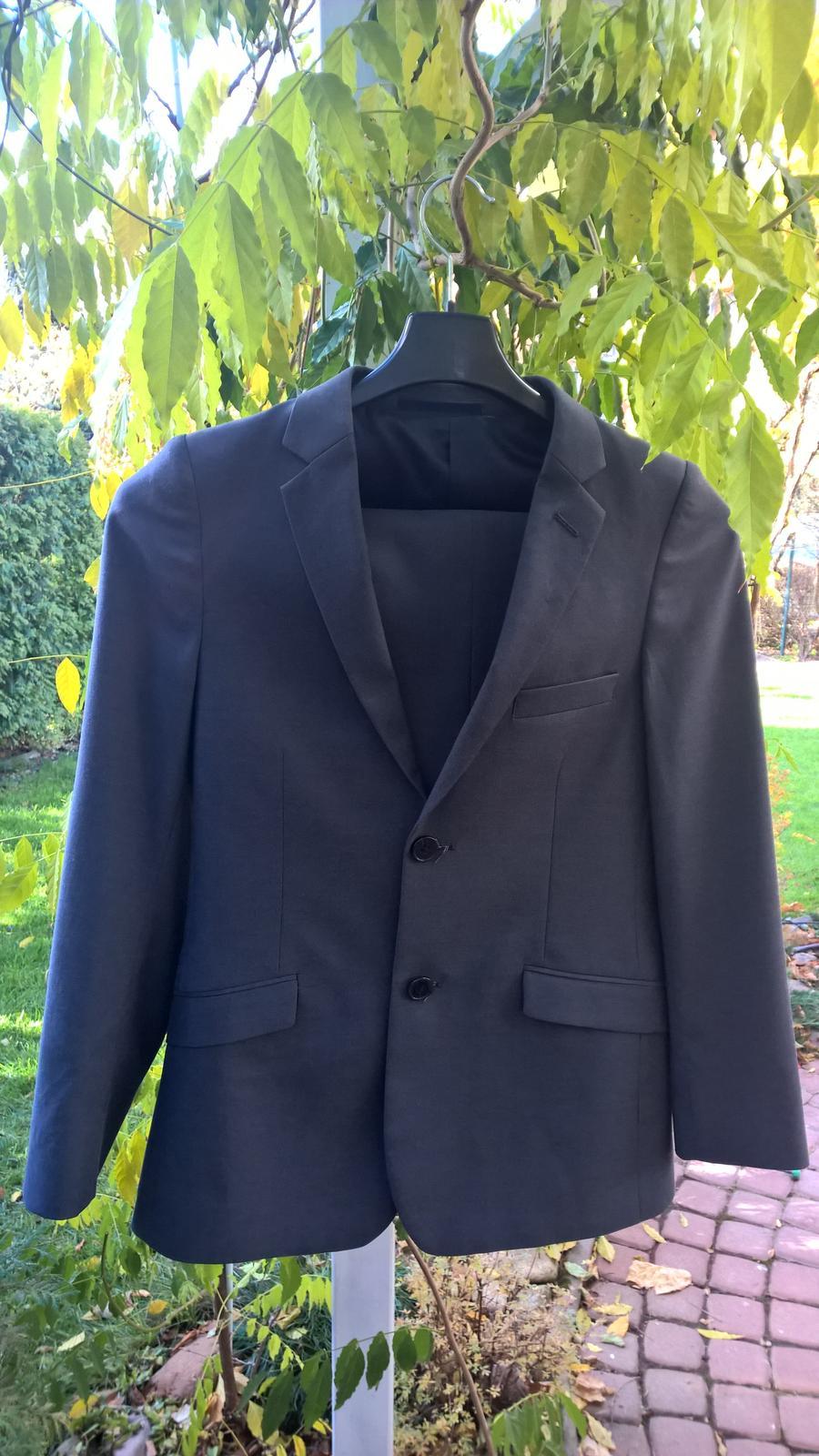 1bd5d69b1a97 Detské obleky (nohavice a sako)