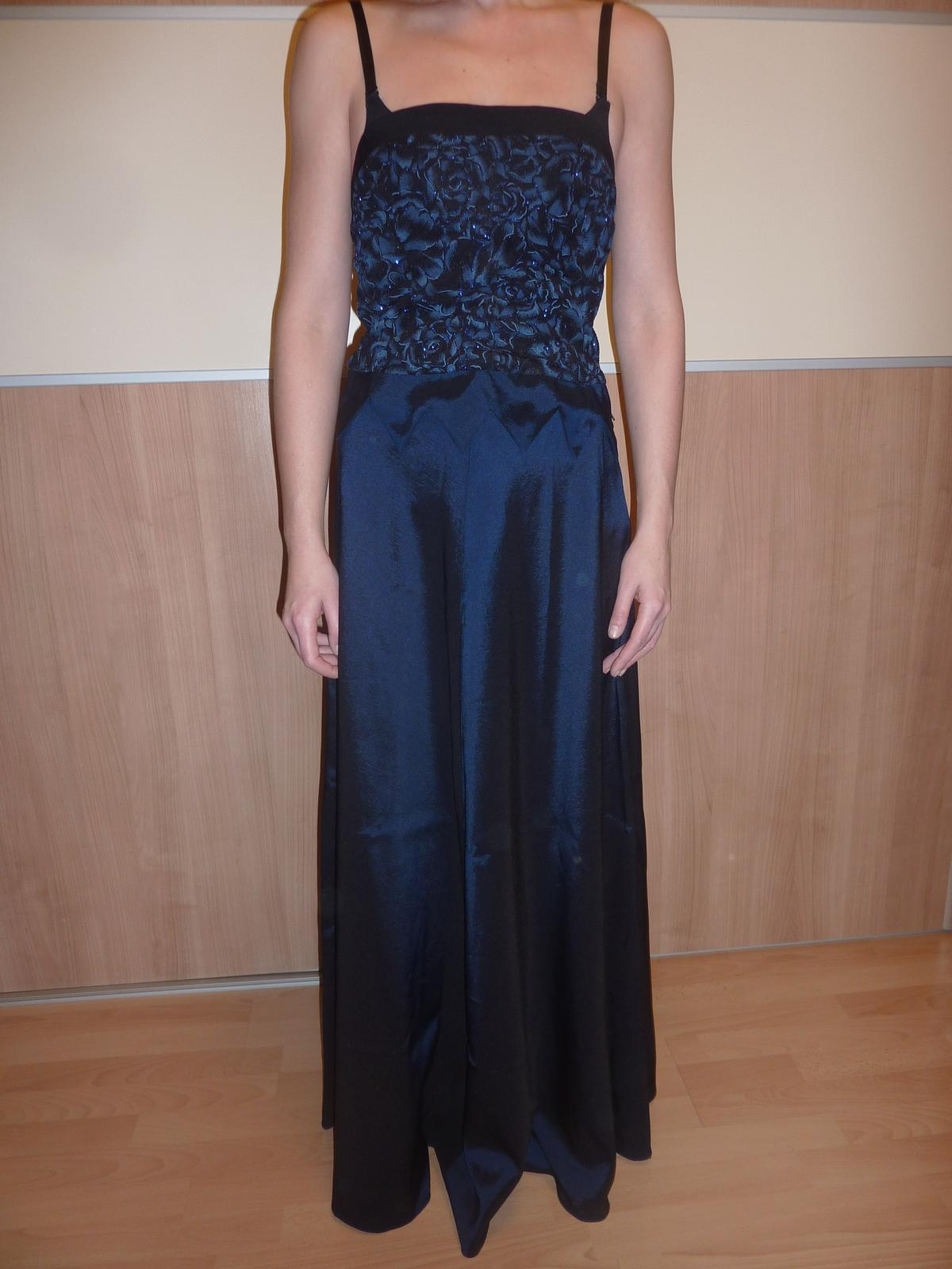 Spoločenské šaty 0c00a58699c