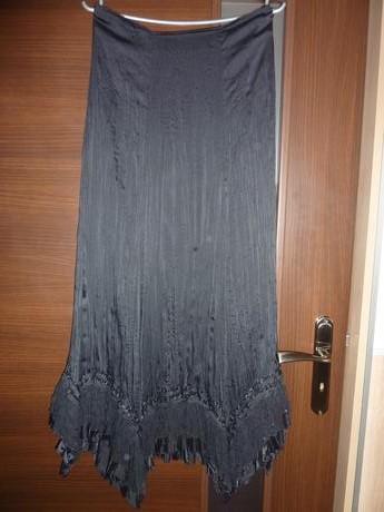 Dámska sukňa, 36
