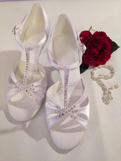 Luxusní boty od velikosti 33 až po 44 , 41
