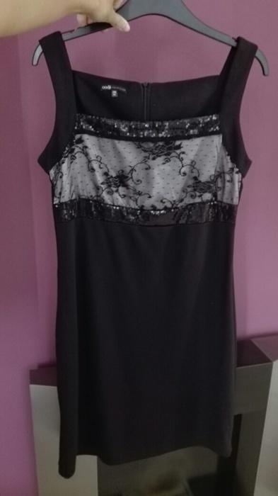 Černé šaty s krajkou, 40
