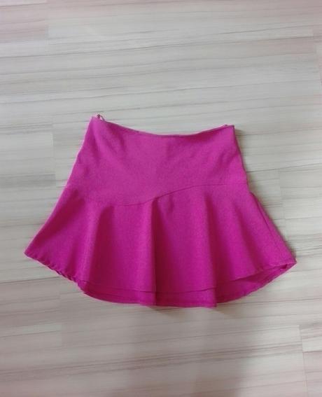 Sytě růžová sukně, 40