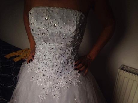 Svadobné šaty s trojkruhovou spodnicou veľk.34-36, 36