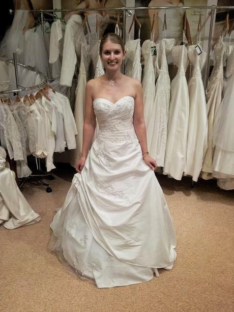 Svatební šaty Pronovias Levante, 36