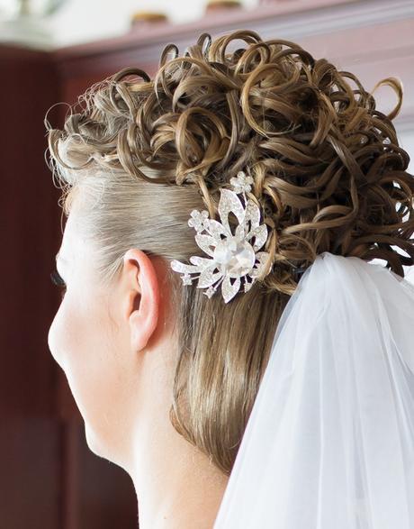 Brošňa do vlasov - vhodna do svadobneho ucesu,