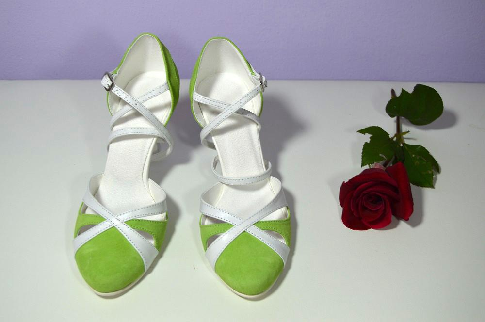 4d94207e52e2 Luxusné svadobné topánky od veľkosti 32 až po 44
