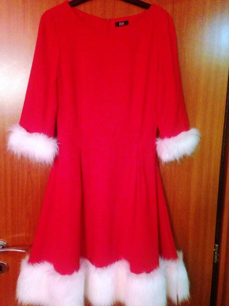Christmas šaty, M