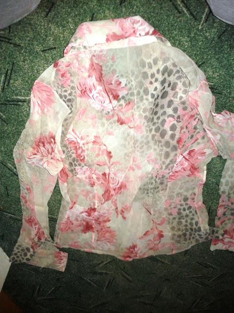 kvetinková blúzka-nenosená, 40