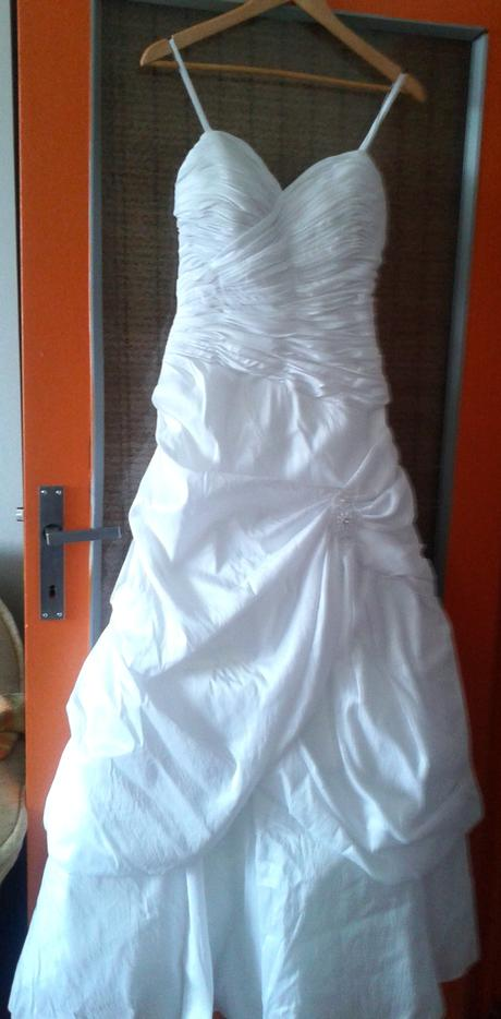 svadobne saty-Gemma Gabriel, 38