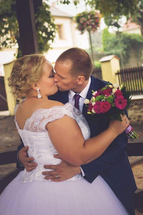 Svatební šaty velikost 48-54, 48