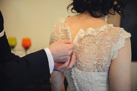 Svadobné šaty s čipkou, 38