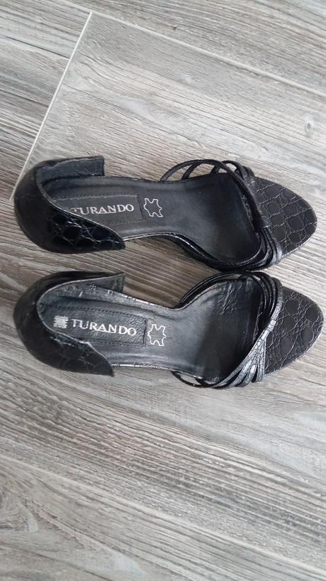 Cierne sandalky, 38