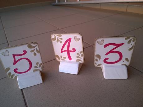 Čísla na stoly 1-6,