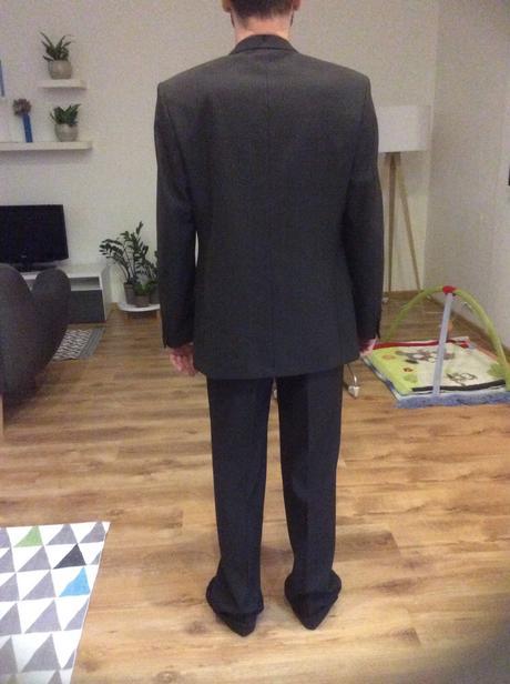 Pansky oblek znacky Koutny, 36