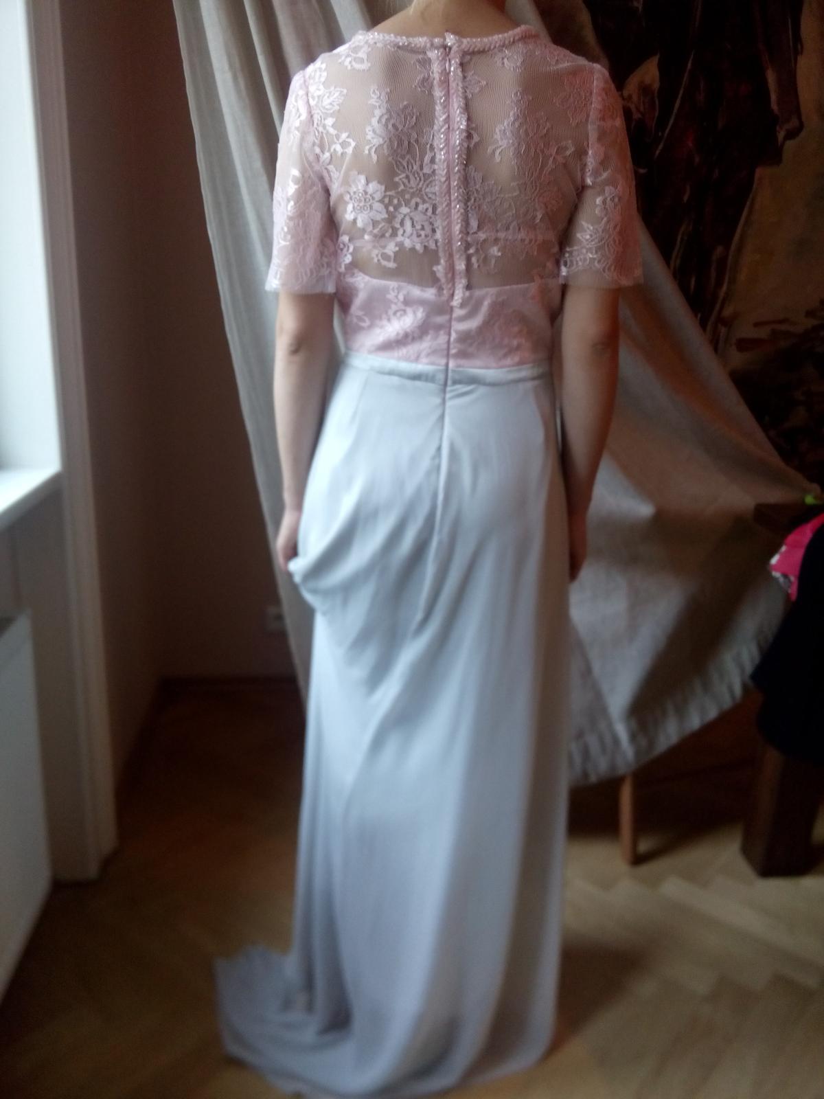 Svatební stříbřité šaty se starorůžovou krajkou 5c022758a1