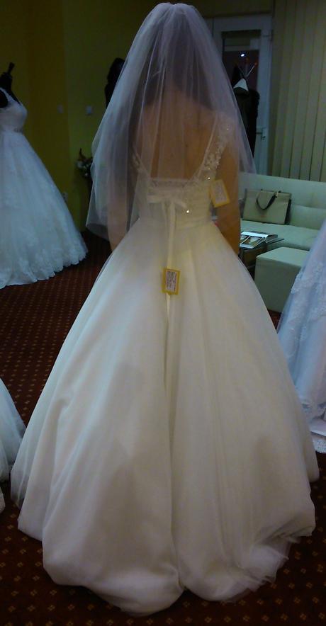 Svadobné šaty s kamienkami a perličkami veľ. 34-38, 36