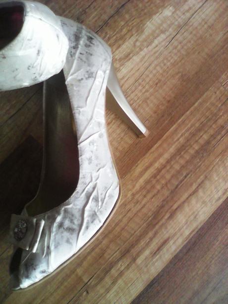 Smotano-zlaté topánky, 38