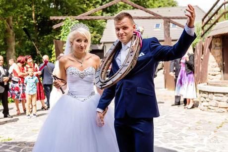 Pohádkové svatební šaty , 36