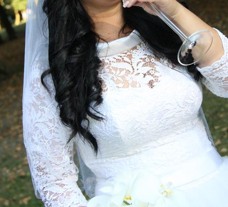Svadobné čipkované šaty, 40