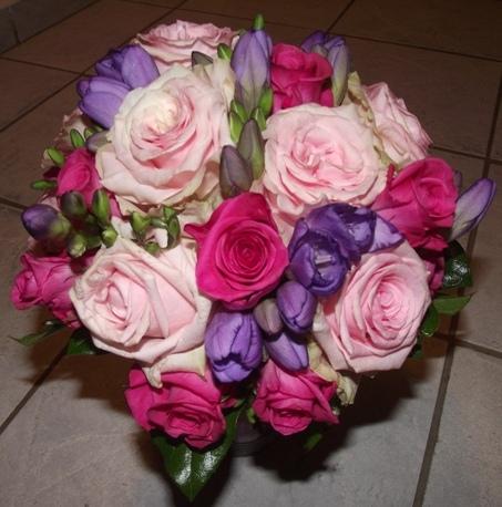 Originálne kvetinové dekorácie, svadobné kytice,