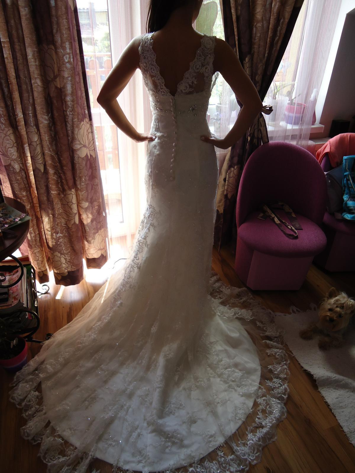 1351b9af4b60 Svadobné šaty pre nízku nevestu