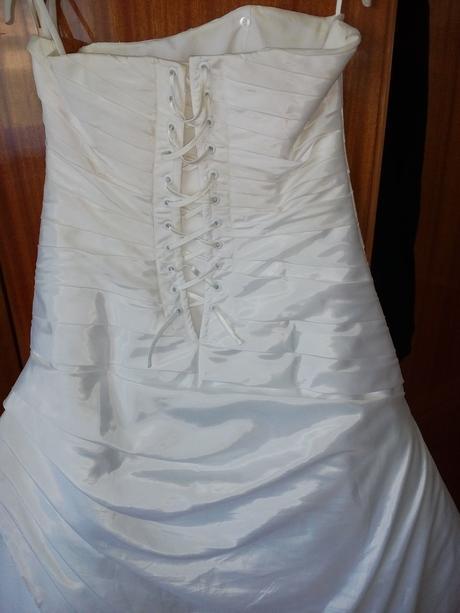 Svadobné šaty , 39