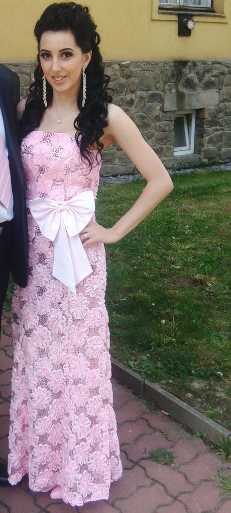 spoločenske šaty , 34