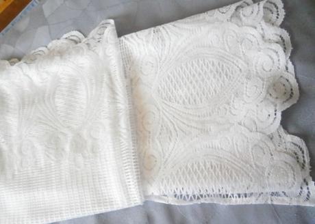Bílé záclony,