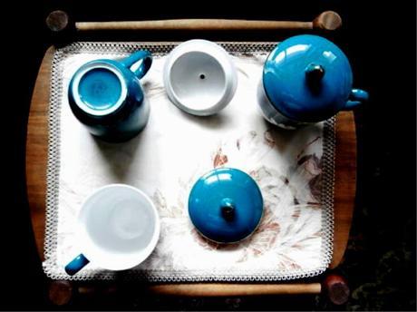 Hrnečky na čaj s pokličkou,