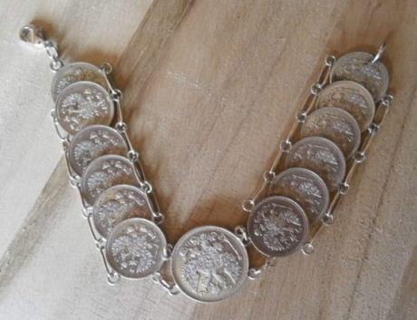 Stříbrný starožitný náramek,