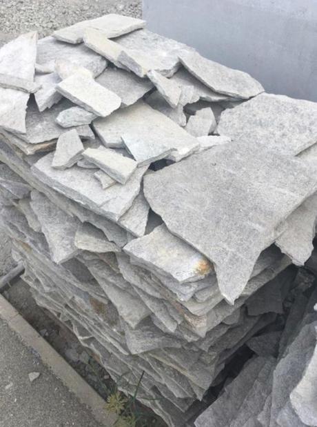 Přírodni kámen - Rula stříbrná,