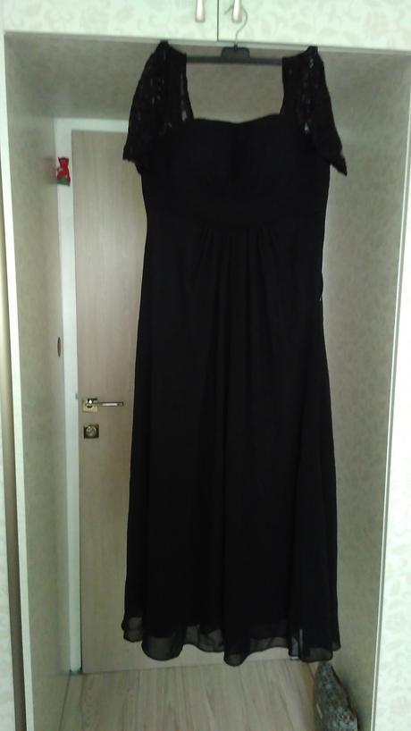 Čierne dlhé spoločenské šaty, 40