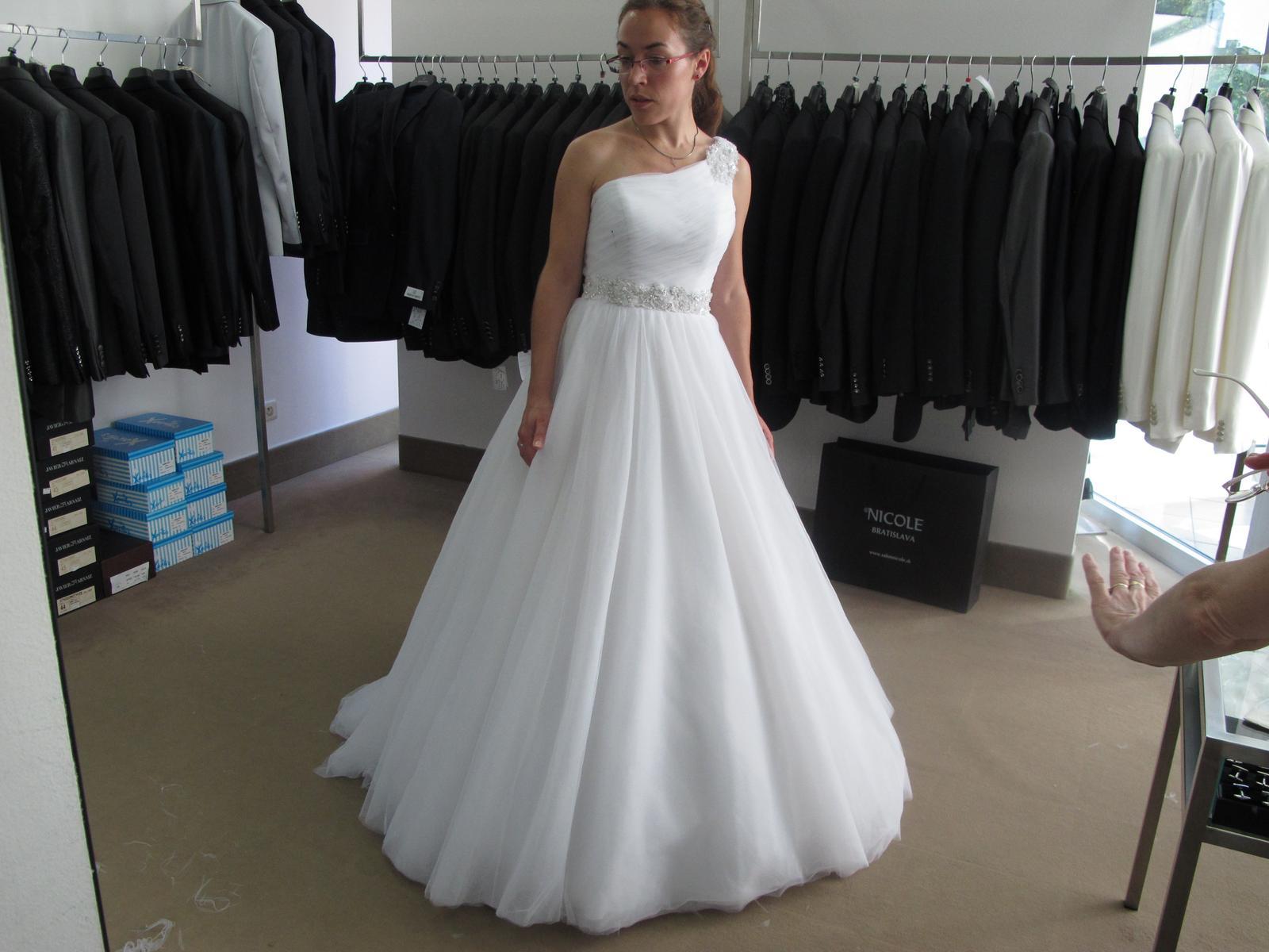 6db8dc7f0704 Svadobné šaty pronovias (36 38)